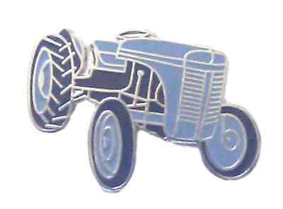 Ferguson Tractor Quality Enamel Lapel Pin Badge • 3.99£