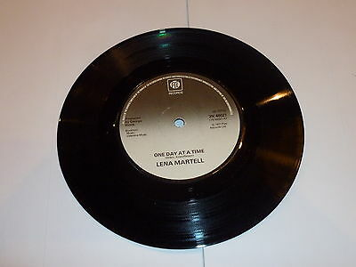 LENA MARTELL - One Day At A Time - 1977 UK Solid Centred 7  Vinyl Single • 9.99£