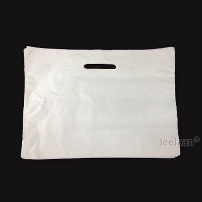 100 Extra Large 22  X 18  X 3  Strong White Patch Handle Plastic Carrier Bags • 9.75£