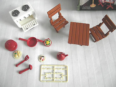 Dolls House Kitchen Set Table & 2 Chairs / Stove / Oven  Kettle/ Utensils & Pan  • 9.99£