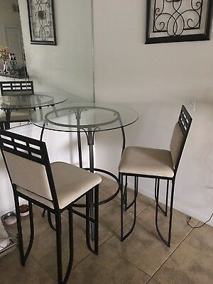 $200 • Buy Kitchen Table And Chairs
