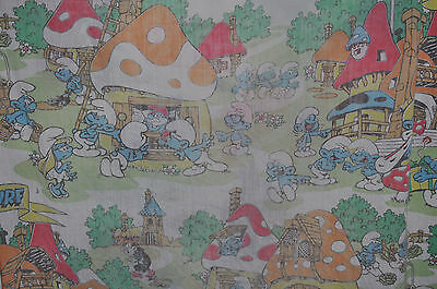 THE SMURFS Vintage FITTED BED SHEET 1980s Smurf / PEYO • 6.20£