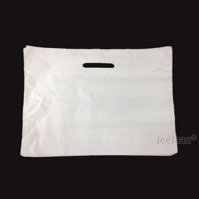 50 Extra Large 22  X 18  X 3  Strong White Patch Handle Plastic Carrier Bags • 4.99£