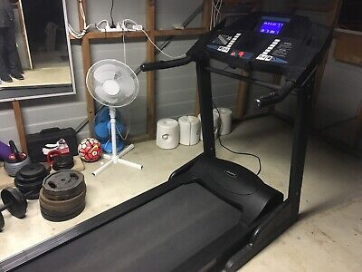 AU550 • Buy Jazzfit Treadmill Excellent Used Condition( Happy To Accept Reasonable Offers)
