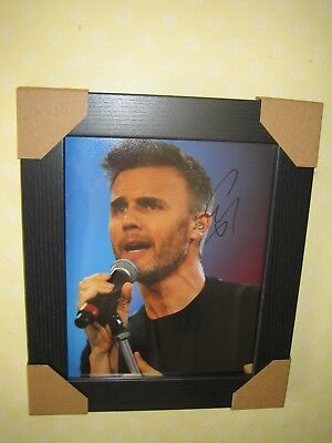Gary Barlow Excellent Signed Photograph (8x10) In A Lovely Black Frame With CoA • 78£