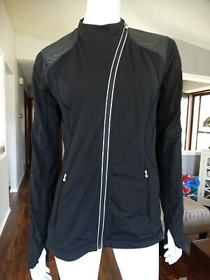 $ CDN110 • Buy LULULEMON Track Time Jacket 10