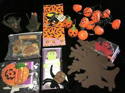 $ CDN6.41 • Buy Large Lot Halloween Decorations Pumpkin Lights Works Crafts All Ages Holiday Fun