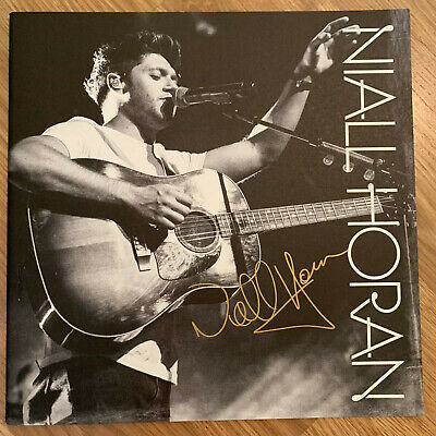 £90.92 • Buy Niall Horan Signed Official Flickr Tour Program Book Autograph