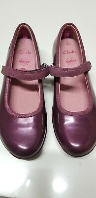 £24.99 • Buy NEW Older Girls CLARKS Shoes Size 2.5G Purple Patent Leather Special Occasion