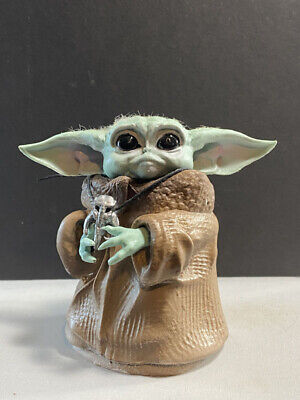 $79.99 • Buy The Mandalorian  Baby Yoda With Medallion Star Wars Figurine Sculpture Figure