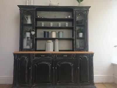Distressed Hand Painted Dresser- Annie Sloan Graphite Grey • 100£