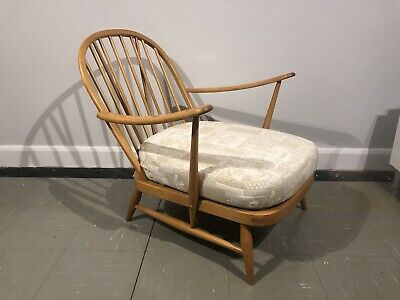 VINTAGE ERCOL: WINDSOR 203 ARMCHAIR With New Professionally Made Webbing • 300£