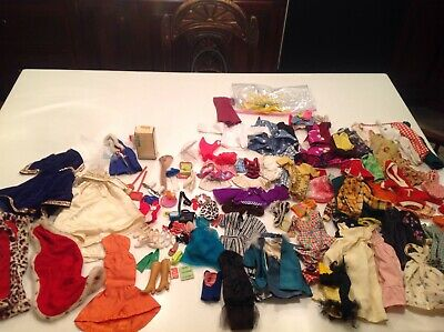 $ CDN138.94 • Buy VINTAGE BARBIE 1960's HUGE LOT Of OUTFITS ACCESSORIES CLOTHES LOOK!