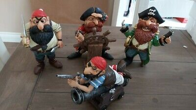 Pirate Resin Figures Ornament - Choose Type • 5.99£