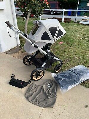 $850 • Buy 2018 Bugaboo Fox Complete Stroller With Bassinet