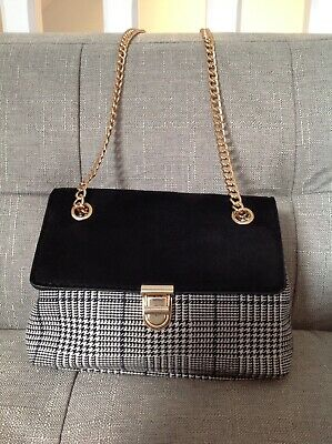 New Look Small Chain Black White Cross Body Shoulder Bag • 8£