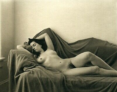 Hand Made Platinum Print By Ray Bidegain: Reclined Nude • 53.20£