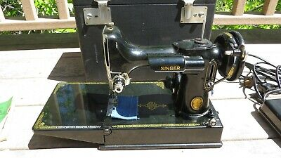 $629.99 • Buy Vintage 1950 Singer Featherweight 221 Sewing Machine With Case + Accessories