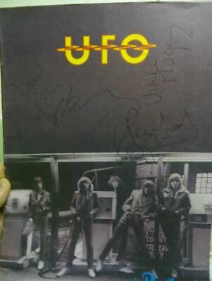 UFO Signed 1980  No Place To Run Tour  Program REAL LOA Roger Epperson • 141.85£