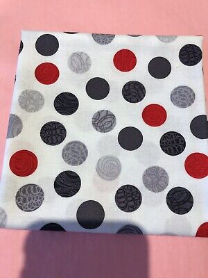 100% Cotton Fabric, Fat Quarter, Patchwork, Quilting, Knitting, Wool Red Grey • 4£