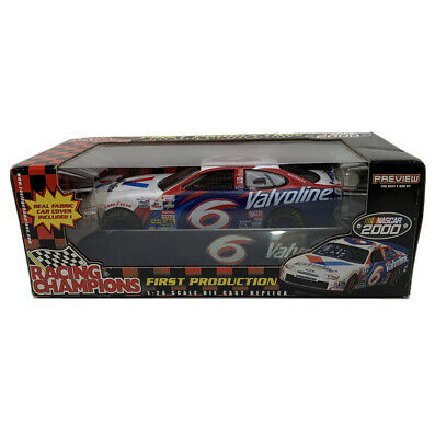$14.95 • Buy Racing Champions Mark Martin #6 Valvoline Ford With Car Cover 1/24 (568)