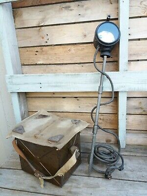 Original British WWII Field Signal Lamp With Morse Code Key • 65£