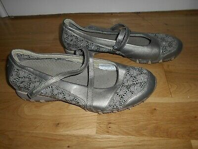 Ladies Skechers Silver Grey Pewter  Summer Shoes With Velcro Strap Size 7  40 • 12£