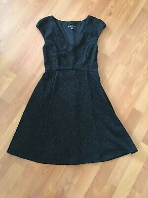 AU8 • Buy Forever New Size 6 Black Dress