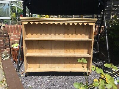 Antique Pine Wall Mounted Shelving Unit • 105£
