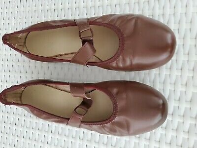 $15 • Buy Brown Square And Round Dance Shoes Size 9w