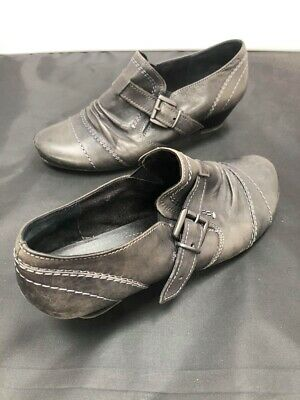 Ladies Jana Grey Leather Ankle High Kitten Court Heel Shoes SIZE 6.5 GA 1704 • 8.99£