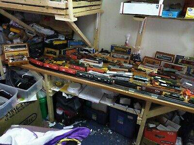$ CDN20.21 • Buy Huge Mixed Lot Ho Scale Train Cars,engines,track,buildings&more