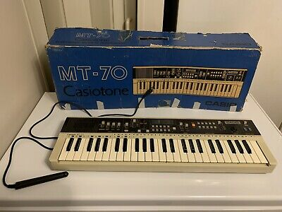 $29.99 • Buy Casio MT-70 Casiotone Electronic Keyboard 49-Key Synthesizer For Parts Or Repair