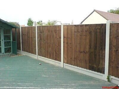 Fencing Closeboard Panels And Concrete Gravel Boards And Posts Colchester Area • 120£