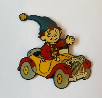 Noddy In His Car With Blue Hat Smiling & Waving - Collectors Enamel Pin Badge #5 • 4.90£