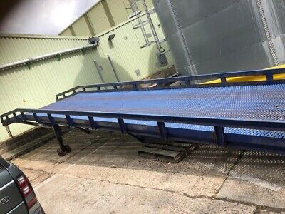 Container Loading Ramp - Lorry Car Van Yard  • 3,500£