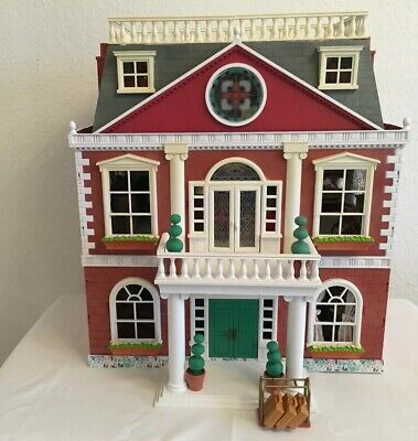 Sylvanian Families Regency Hotel Fully Decorated ~ Furnished & 42 Figures • 250£