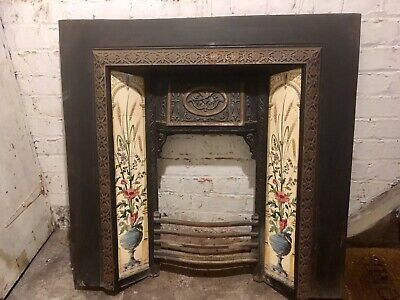 Victorian Style Cast Iron Fireplace Surround • 20£