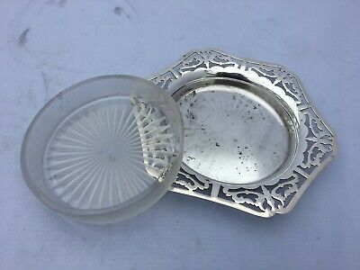 Vintage 6 Sided Hexagon Silver Plated And Glass Butter Dish • 1.99£
