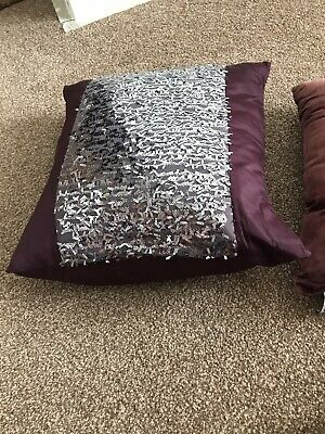 Kylie Minogue Cushions And Throw • 54£