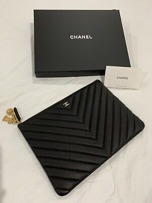 AU1925 • Buy Limited Edition Large Chanel O Case Chevron With Ancient Greek Charms