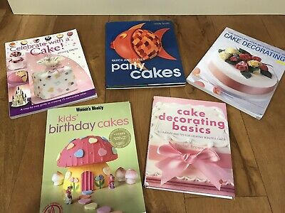 Cake Decorating Books • 15£