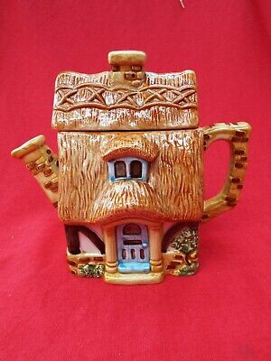 BOB HERSEY Novelty Teapot POTS Of FUN! Danbury Mint POTTAGE Thatched Cottage • 3.99£