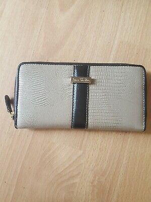 Ladies Jane Shilton Taupe/ Brown Leather Clutch Purse  • 10£