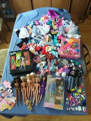 $ CDN61.99 • Buy Vintage Lot Of Barbie Dolls, Clothes, Accessories Black Ponytail Case +++ More