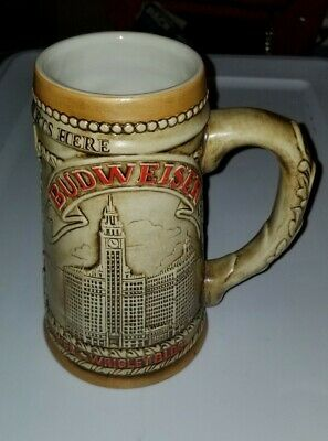$ CDN5.32 • Buy 1981 LE Budweiser Beer Stein Chicago Marina City Water Tower Wrigley Building