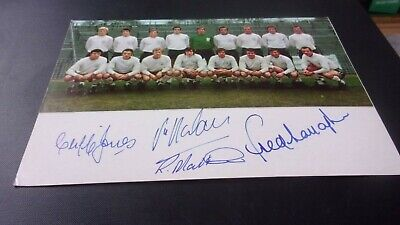 Fulham Signed  Team  Picture 8x6 Inches  • 5.99£