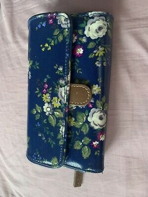 Cath Kidston Large Floral Wallet • 15£
