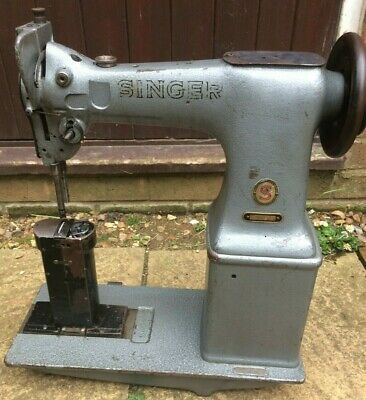 Singer 52W22 Twin Needle Post-bed Industrial Lockstitch Vintage Sewing Machine  • 275£