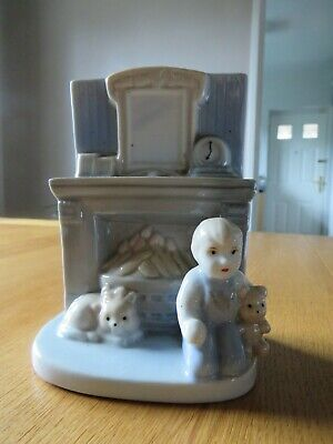 Adorable Vintage Porcelain Boy Teddy Fireplace Mantlepiece Ornament • 2.50£